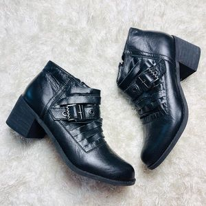 Two Lips Black Leather Buckle Booties